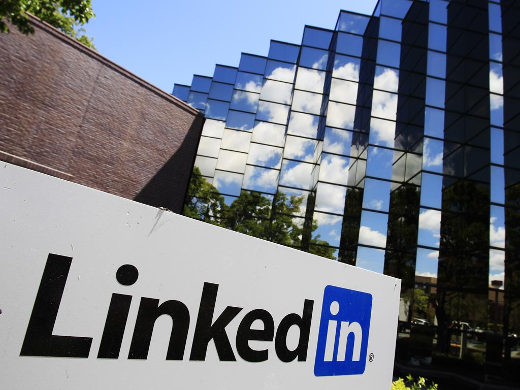 LinkedIn: Creating An Effective LinkedIn Business Profile